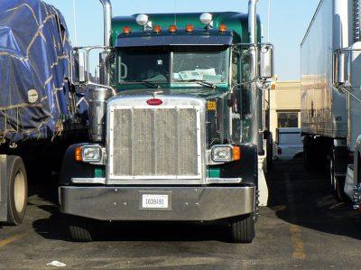 truck-truck-963636_640 (2)